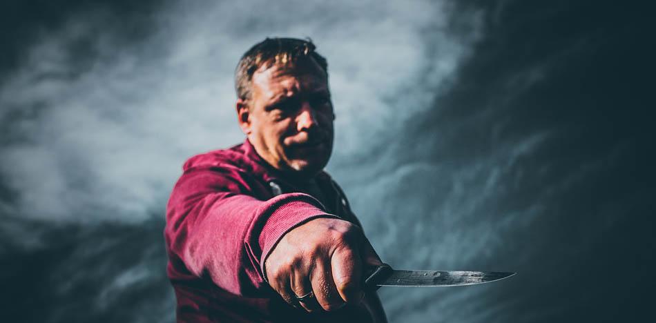 knife defense myths